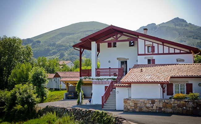 petite rhune location gite basque